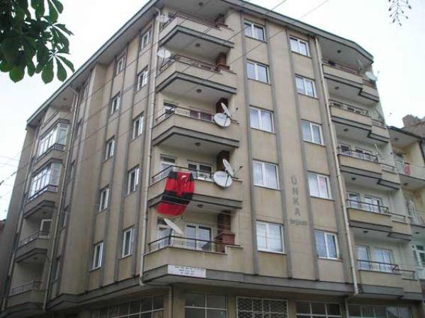 Zafer Apartmanı